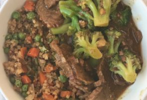 slow cooker beef & broccli