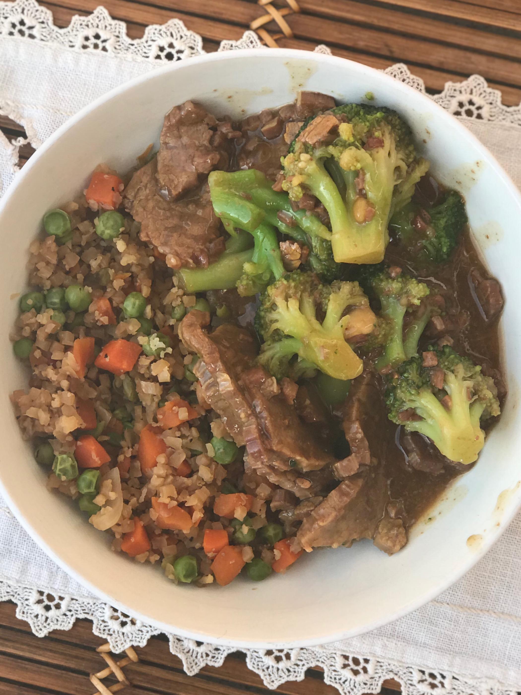 slow cooker beef & broccli